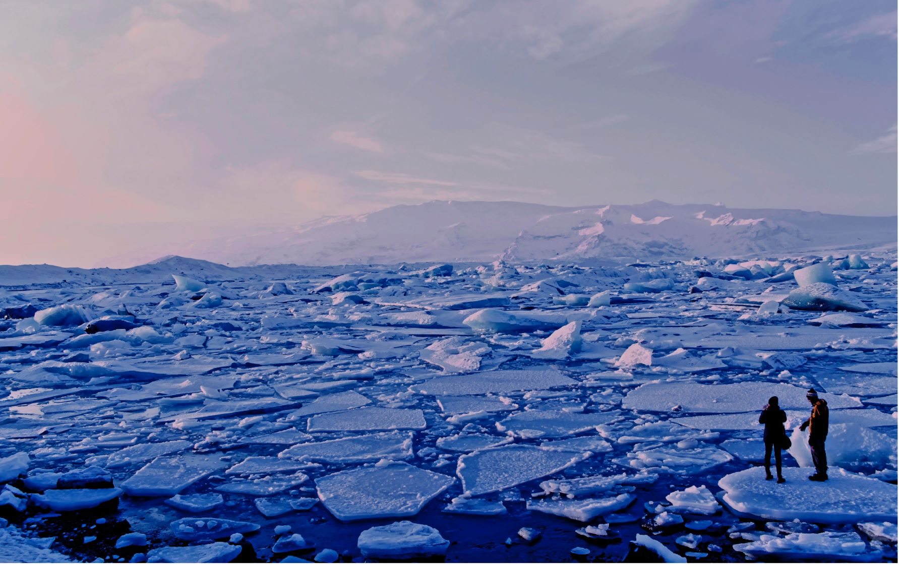 Photo of melting ice sheet on ocean